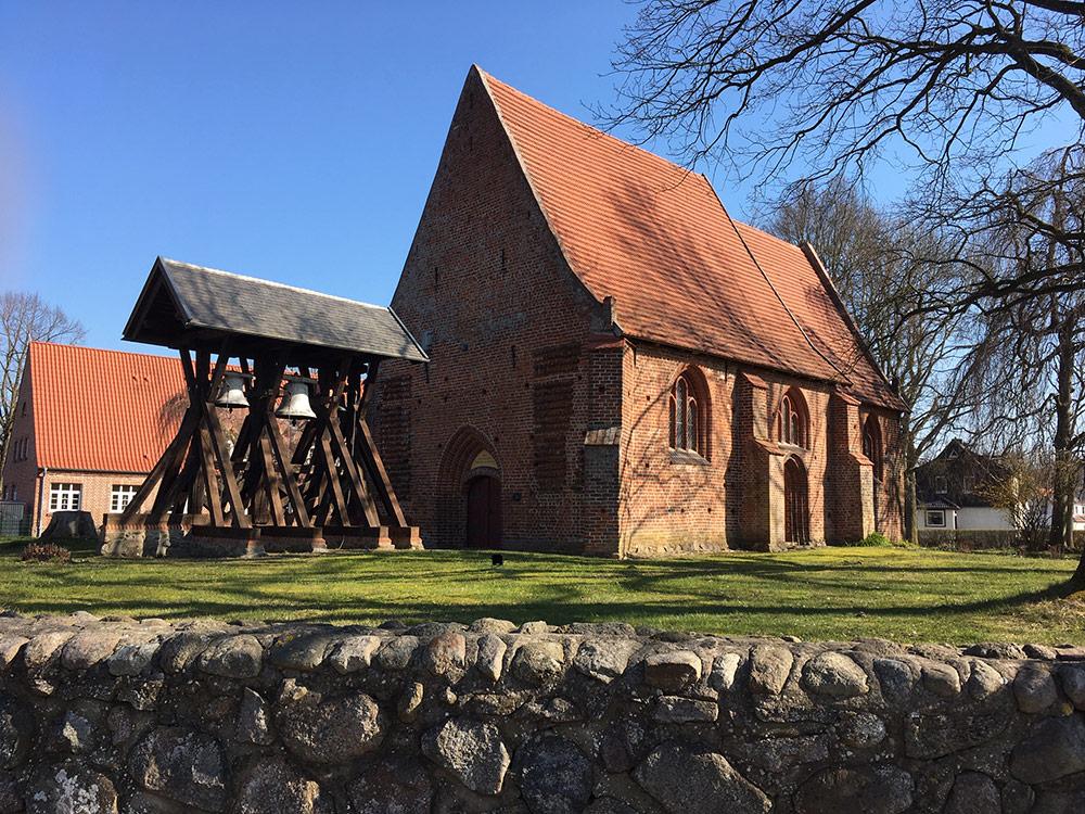 Die Kirche in Alt Meteln