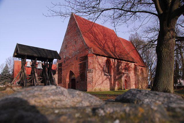 Kirche Alt Meteln